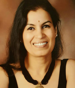 Dr. Sharda Arora - Implantologist and Cosmetologist
